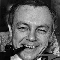 Кирилл Лавров (1925-2007), советский и российский актёр театра и кино, Народный артист РСФСР (1970), Народный артист СССР (1972)