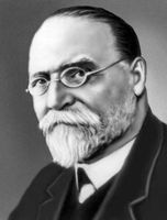 Аристарх Белопольский (1854-1934), советский астроном, академик; член Петербургской АН с 1903 года.
