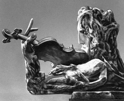 С. Т. Конёнков. «Паганини». Дерево. 1906. Русский музей.