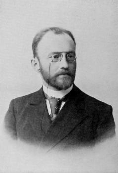 Вике́нтий Вике́нтьевич Вереса́ев (1867 года, Тула — 1945 года, Москва) — русский писатель, переводчик, литературовед.