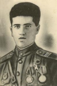 Командир автоматчиков ВОВ Аваз Вердиев (1916 – 1945)