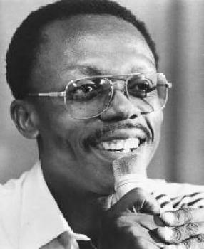 Жан-Бертран Аристи́д 15 июля 1953, Порт-Салю, Гаити) — президент Гаити (1991, 1994—1996 и 2001—2004).