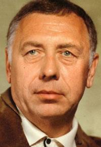 Анатолий Папанов (1922-1987), советский актёр театра и кино, заслуженный артист РСФСР, народный артист СССР