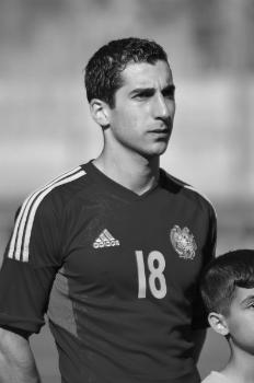 Ге́нрих Га́млетович Мхитаря́н (21 января 1989) - армянский футболист, полузащитник английского клуба «Манчестер Юнайтед».