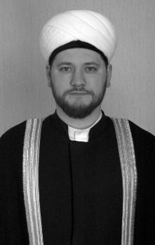 Дами́р Ваи́сович Мухетди́нов (18 июля 1977) - российский мусульманский религиозный, общественный и политический деятель.