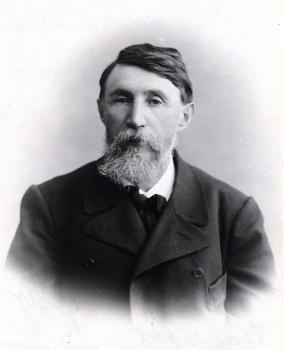 Нифонт Иванович Долгополов (7 апреля 1857, Бирюч, ныне Белгородская область — 16 января 1922, Астрахань) — врач, депутат.