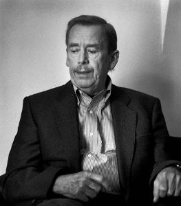 Гавел, Вацлав (5 октября 1936 — 18 декабря 2011) — его сын, последний президент Чехословакии и первый президент Чехии.