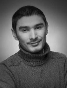 Айнур Аскаров (родился 1 августа 1987 года) - российский режиссер, сценарист.