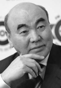 Аска́р Ака́евич Ака́ев - киргизский государственный и политический деятель, ныне занимается научной деятельностью в Москве.