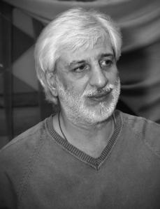 Ефре́м Григо́рьевич Амира́мов - поэт, автор и исполнитель собственных песен, композитор, телевизионный продюсер.