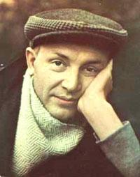 Иннокентий Смоктуновский, настоящая фамилия Смоктунович (1925-1994), выдающийся российский актёр, Народный артист СССР.