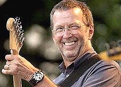 Эрик Клептон, британский рок-музыкант, единственный музыкант, который трижды был включен в Зал славы рок-н-ролла