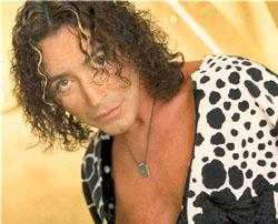 Валерий Леонтьев, популярный российский эстрадный певец, Народный артист России.