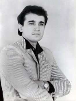 Наза́рий Наза́риевич Яремчу́к (30 ноября 1951 — 30 июня 1995) — украинский певец (тенор), Народный артист УССР (1987).
