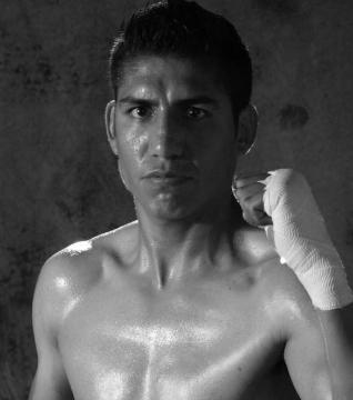 Мишель Росалес (англ. Michel Rosales) (род. 1983) — мексиканский боксёр.