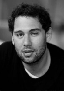 Семён Серге́евич Слепако́в (род. 23 августа 1979 года, Пятигорск) — российский продюсер, сценарист, комедийный актёр.