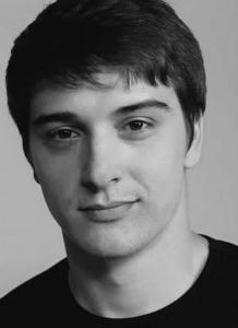 Станислав Бондаренко (2 июля, 1985 г., Днепрорудное, Запорожская область, СССР (Украина)) - актер театра и кино.