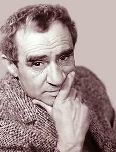 Зиновий Гердт (наст. имя Залман Храпинович) (1916-1996), советский и российский актёр театра и кино, народный артист СССР.